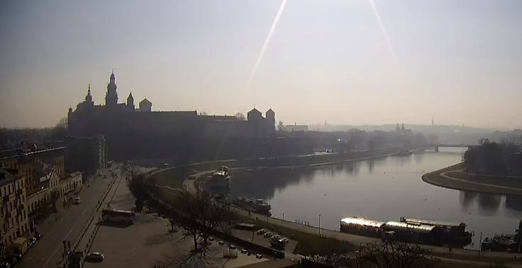 Smog znów nad Krakowem. Sprawdź aktualne zanieczyszczenie powietrza w mieście