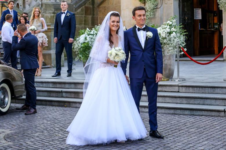 Lato pełne gwiazdorskich ślubów i ciąż