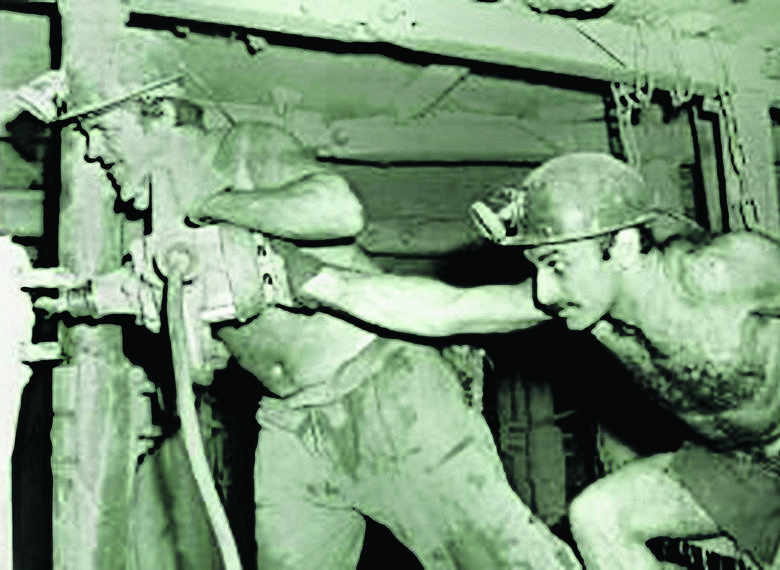 Wszystko zaczęło się od eksploatacji kopalń w Starym Zagłębiu Miedziowym. To na wydobyty tu surowiec czekała huta miedzi w Legnicy