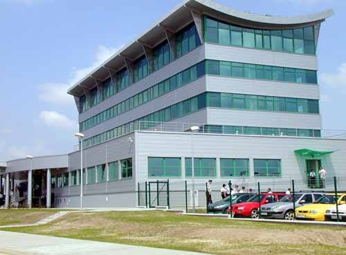 Modernizacja i wyposażenie nowej siedziby przemyskich celników kosztowała 12 mln złotych. To niewiele, jeżeli wziąć pod uwagę, że w ub. roku zarobili