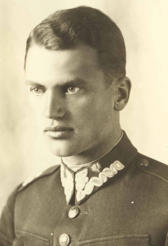 Podporucznik 63 pp. z emblematem haftowanym bajorkiem, lata 30.