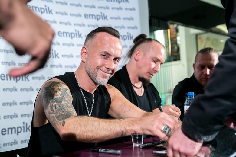 Nergal wraz z zespołem Behemoth spotkał się ze swoimi fanami w Bonarce