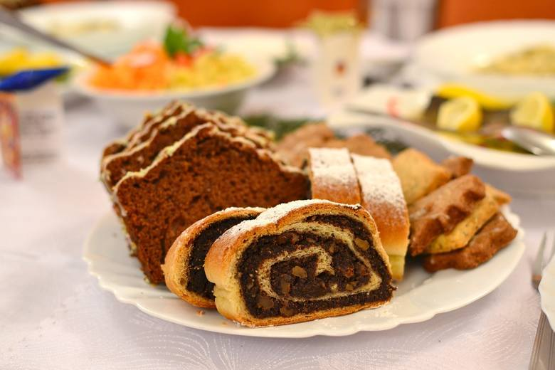 Nie wyobrażamy sobie świąt Bożego Narodzenia bez pysznych ciast. Zobaczcie TOP 10 słodkości na świąteczny stół polecanych przez Koła Gospodyń Wiejskich.