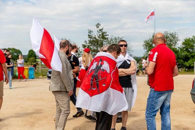 Białoruska diaspora domagała się otwarcia granicy z Polską i nałożenia skutecznych sankcji na reżim Łukaszenki.