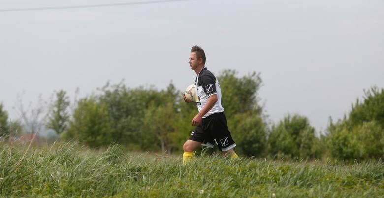 Rzeszowski seniorski futbol to nie tylko występujące w 2. lidze: Apklan Resovia i Stal Rzeszów, czy 4-ligowa Watkem Korona Bendiks Rzeszów.W stolicy
