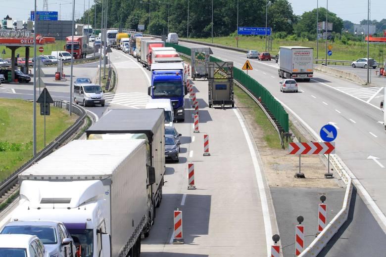 Coraz więcej wiemy o planowanej rozbudowie autostrady A4 na ważnym odcinku Wrocław - Legnica - węzeł Krzyżowa. To nieco ponad 100 kilometrów dolnośląskiej