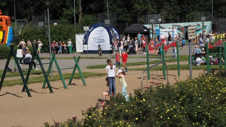 W piątek na terenie Sportowej Doliny w Koszalinie odbyła się kolejna impreza w ramach cyklu Bezpieczne Wakacje.