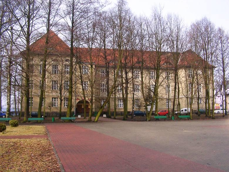 I Liceum Ogólnokształcące im. Księżnej Elżbiety w Szczecinku. Tu warto się uczyć!
