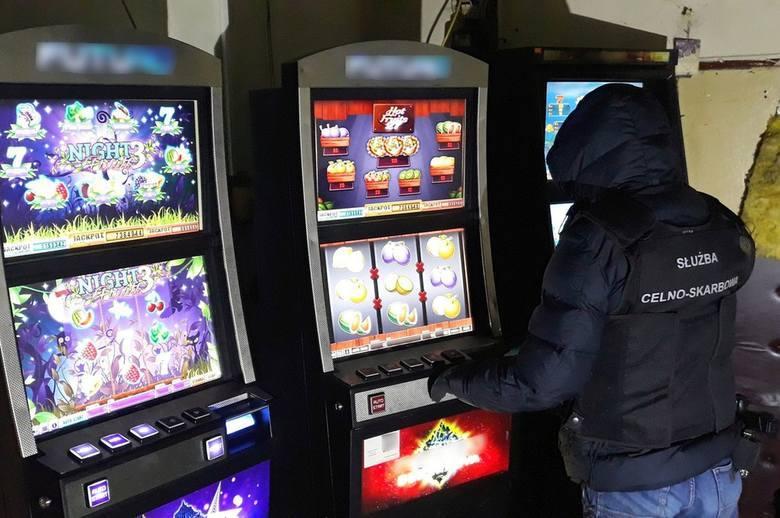 Jaskinie hazardu pod Toruniem. Duża akcja KAS i policji