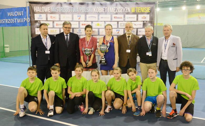 W niedzielę 28 lutego w halowych mistrzostwach Polski mężczyzn i kobiet w tenisie,  w nowej hali tenisowej MOSiR-u w Zielonej Górze, w finale spotkały