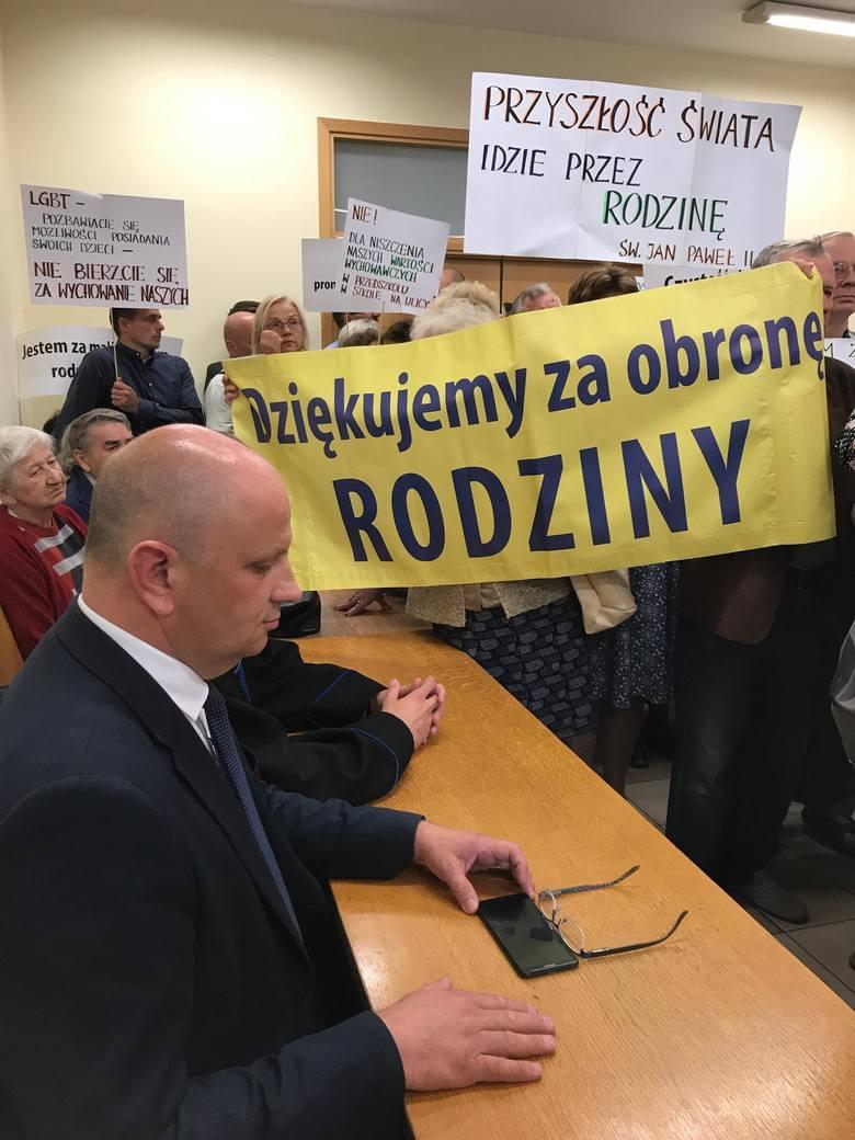 Tomasz Pitucha uznany za winnego zniesławienia Bartosza Staszewskiego, organizatora Marszu Równości