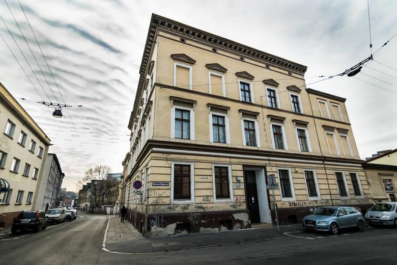 """Brak chętnych na """"Savoy"""". ADM z chęcią wydzierżawi nie tylko tę nieruchomość w Bydgoszczy..."""