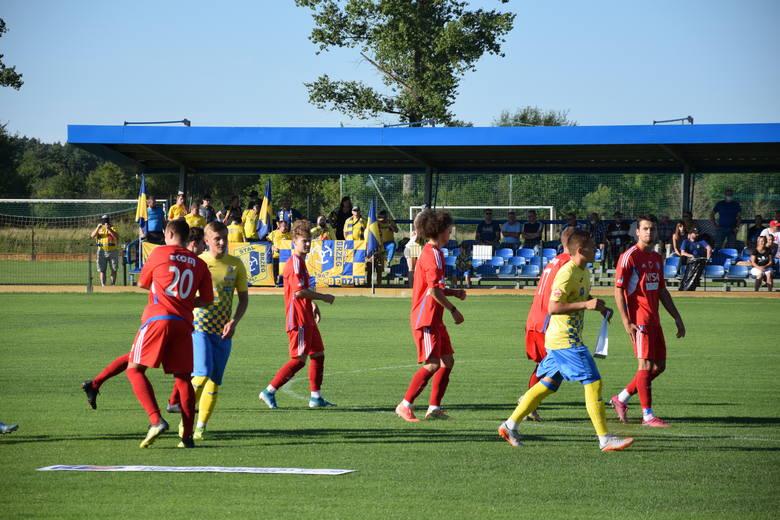 Trzy nasze drużyny, trzy różne rezultaty w III grupie 3 ligi. Stal Brzeg bowiem swój mecz wygrała, MKS Kluczbork zremisował, a Polonia Nysa przegrał