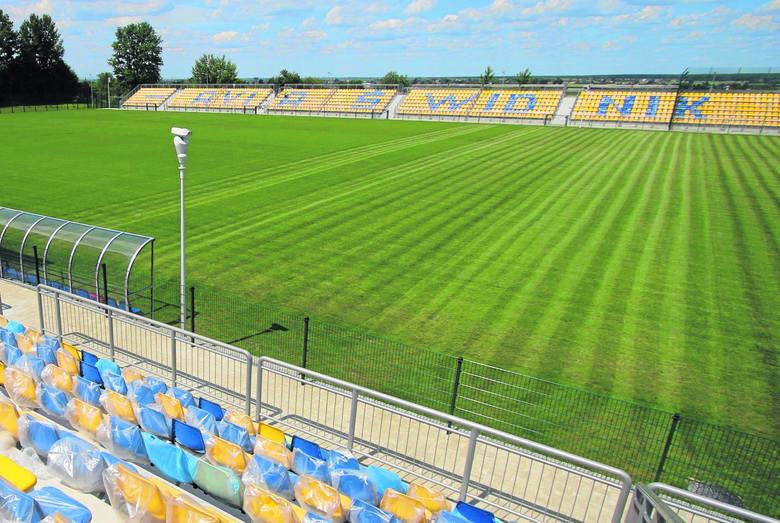 Stadion Miejski w ŚwidnikuPojemność: 2500 widzówStary obiekt w Świdniku powstał w latach 60. i służył niemal 50 lat. Nową arenę oddano do użytku latem