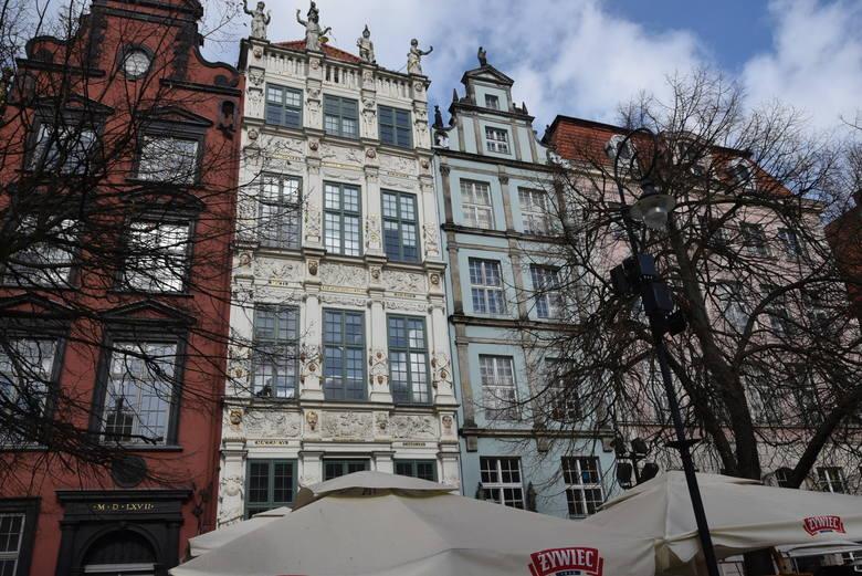 Siedziba Instytutu Morskiego mieści się w Złotej Kamieniczce na Długim Targu, jednym z najpiękniejszych, gdańskich zabytków.