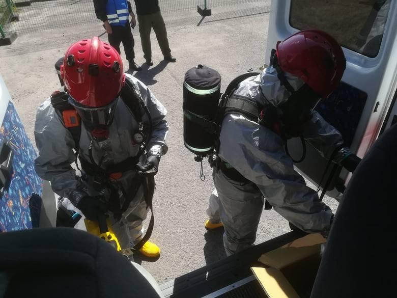 Bobrowniki. Strażacy i pogranicznicy ćwiczyli na wypadek alarmu chemicznego i radioaktywnego [ZDJĘCIA]