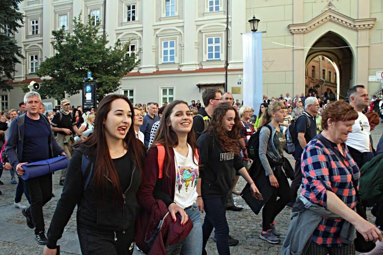 Rocznica Cudu Lubelskiego. Przez centrum Lublina przeszła procesja (ZDJĘCIA)