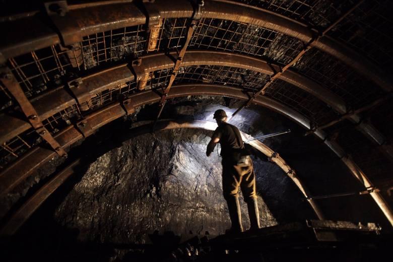 Koronawirus w kopalniach. Badania 1000 górników i przestoje