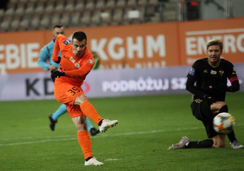 Bez dwóch zdań Damjan Bohar. Słoweniec w 2019 roku strzelił w miedziowych barwach 16 bramek i wyrósł na jednego z najlepszych skrzydłowych w całej PKO