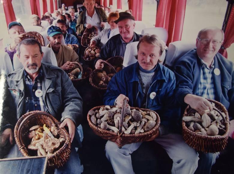 Kto nie lubi zbierać grzybów? Ta satysfakcja, gdy uzbiera się cały koszyk maślaków, kurek, czy rydzów. Dziś, każdy grzybiarz ma swoje ulubione miejsce,
