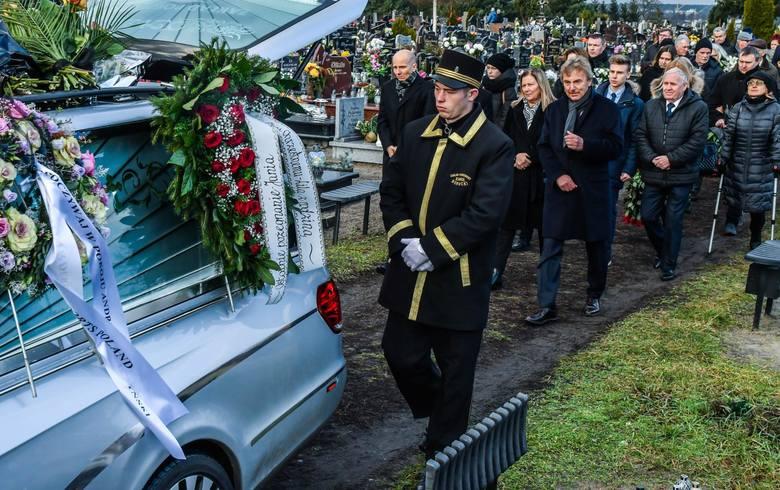 W sobotę, 14 grudnia na jednym z bydgoskich cmentarzy odbył się pogrzeb Józefa Bońka, który dwa dni wcześniej zmarł w wieku 88 lat. Ojciec Zbigniewa