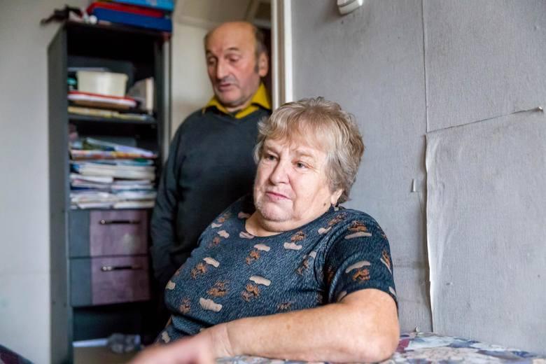 Morderstwo dwójki dzieci w Jeńkach. Rodzice Moniki i Janusza obecnie mieszkają w Łapach