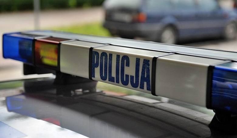 W Jaśle 51-latek zginął pod kołami naczepy ciężarówki. Policjanci i prokurator wyjaśniają okoliczności wypadku