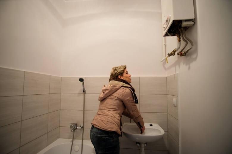 Wdowa z pięciorgiem dzieci zamieszka w nowym mieszkaniu