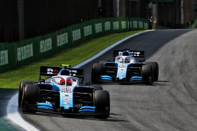 Szalony wyścig o Grand Prix Brazylii, ale Robert Kubica i tak jechał w innej lidze
