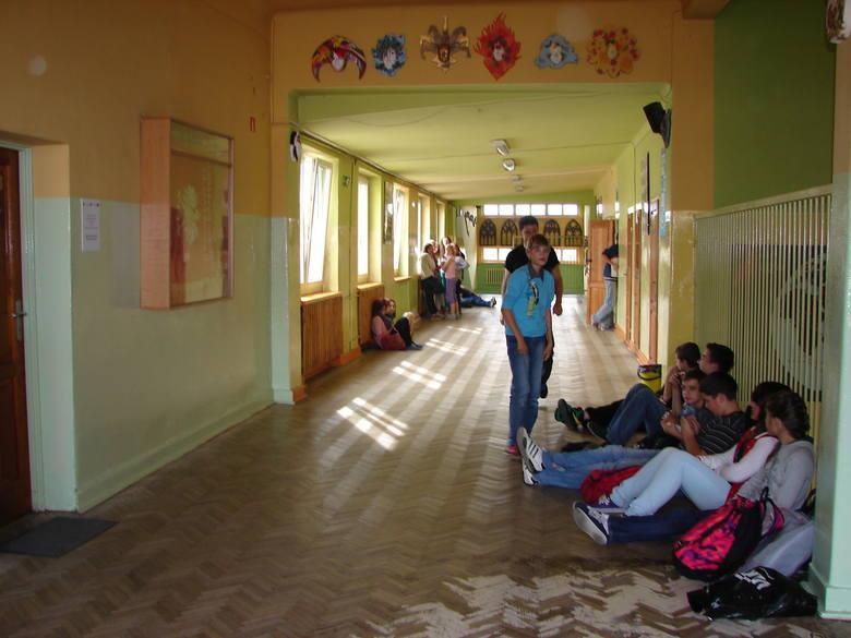 - Wczoraj  większość z 230 gimnazjalistów nie wiedziała o włamaniu na szkolną stronę internetową.