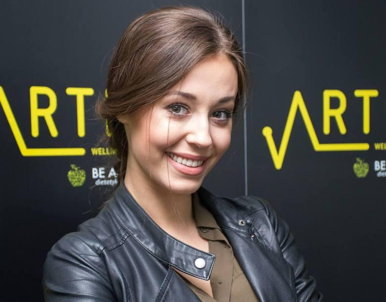 Izabella Krzan ponownie opublikowała bardzo śmiałe kadry. Jeden z nich zachwycił fanów 25-letniej gwiazdy TVP. Pod publikacją pojawiła się fala pozytywnych