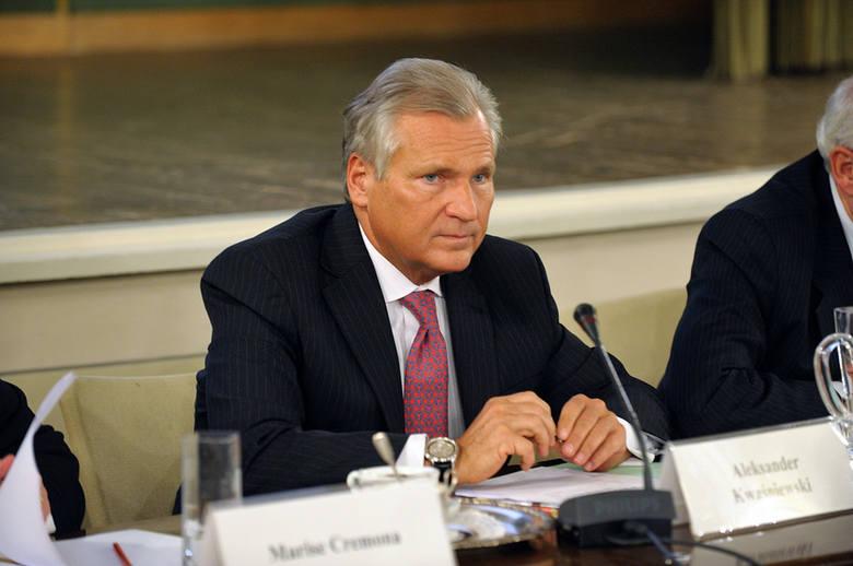 Aleksander KwaśniewskiNasz były prezydent na studiach był, ale ich nie ukończył. W latach 70. przez 4 lata studiował na Uniwersytecie Gdańskim (na kierunku
