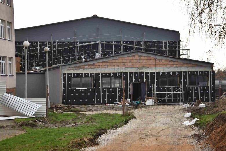 W przyszłym roku będzie gotowa wielofunkcyjna sala sportowa w Chmielniku.