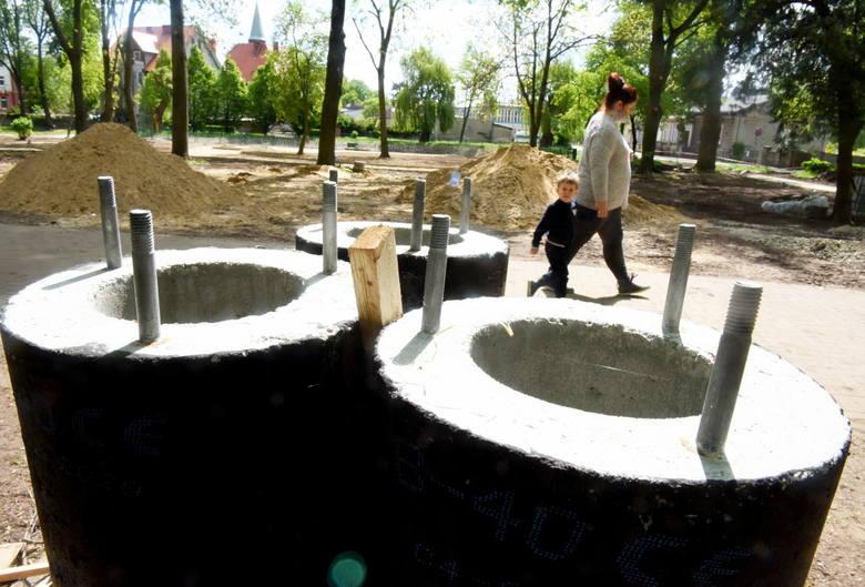 Trwa remont parku przy ul. Kościuszki w Sulechowie. Koszt inwestycji to 1,4 mln zł.