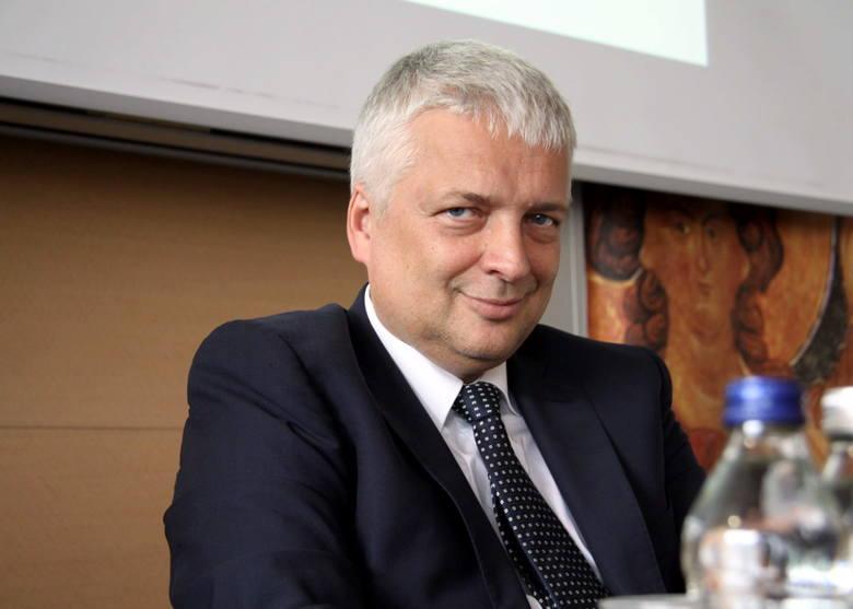 To, że dzisiaj rządzi we Włoszech rząd eurosceptyczny jest m.in. konsekwencją przystąpienia Włoch do strefy euro- mówi prof. Gwiazdowski.