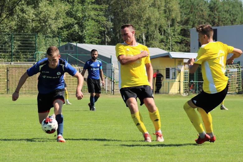 Czwartoligowcy z powiatu kieleckiego zagrają kolejne mecze