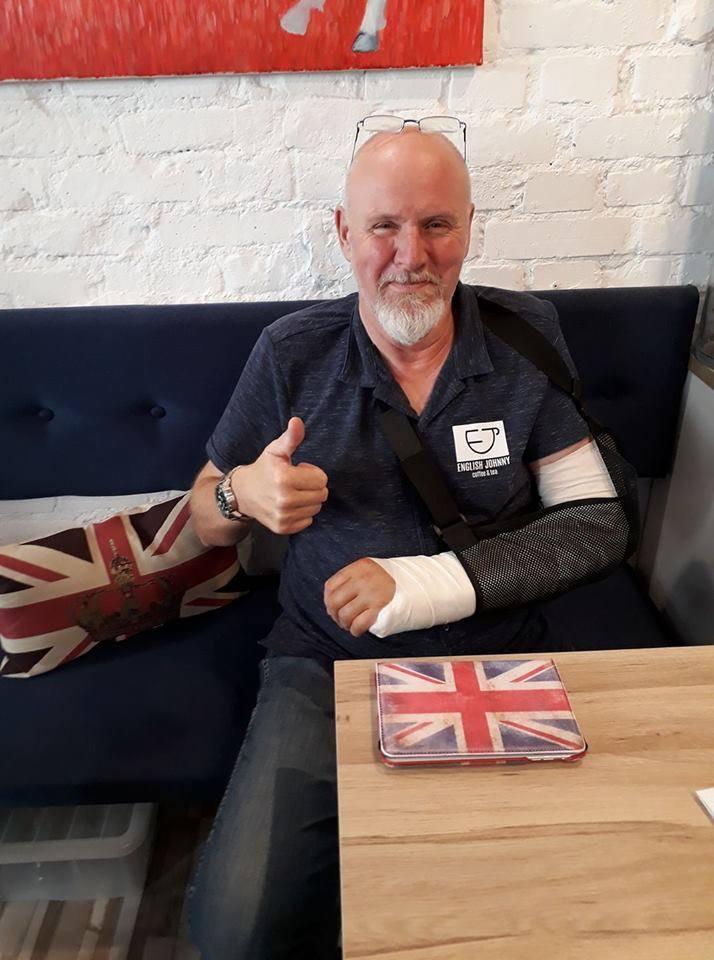 John doznał wypadku pod koniec 2017 roku