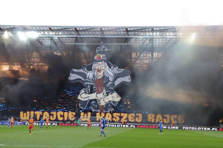 Totolotek Puchar Polski: Jagiellonia Białystok - Miedź Legnica 2:1. Jaga zagra na Narodowym (WYNIK, RELACJA, ZDJĘCIA, PUCHAR POLSKI 2019)