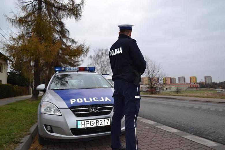 Ledwie trzymał się na nogach, gdy w nocy policja w Jawiszowicach zatrzymała go za kierownicą skody