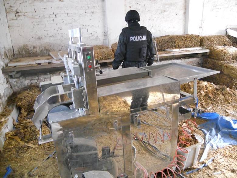 Złotów. Zlikwidowana nielegalna fabryka tytoniu (zdjęcia)