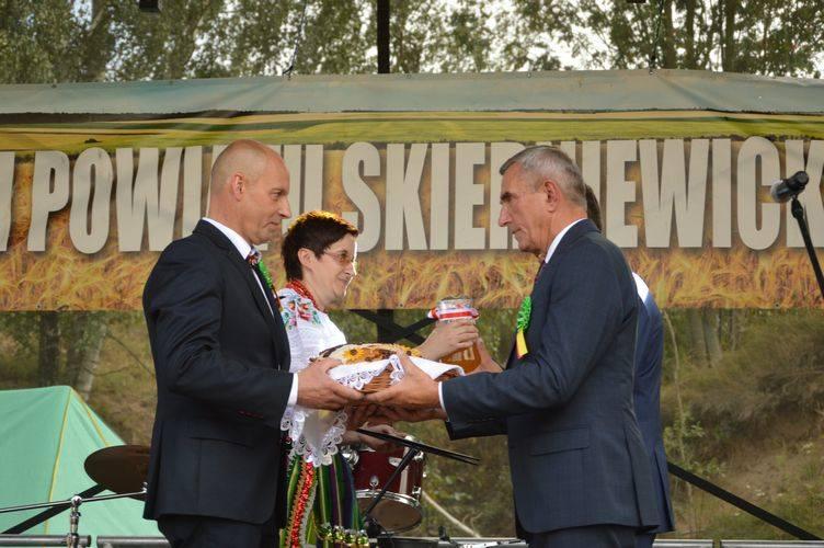 Dożynki Powiatu Skierniewickiego Słupia 2019 [ZDJĘCIA]
