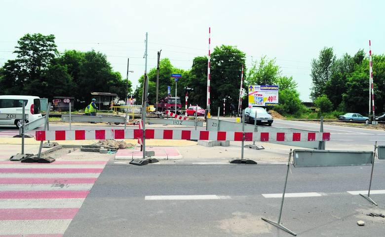 Budowa sygnalizacji na skrzyżowaniu ul. Maratońskiej <br>i ul. Wróblewskiego ma potrwać do końca lipca.