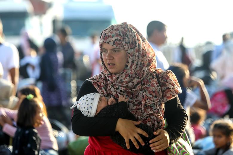 Oni nie mogli zostać w domu. Epidemia koronawirusa w obozach dla uchodźców będzie nie do opanowania