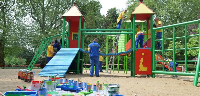 Jednym z pomysłów zgłoszonych w centrum jest rozbudowa, ogrodzenie i remont placu zabaw w Parku Wiosny Ludów. To ten na zdjęciu. W zeszłym roku społecznie