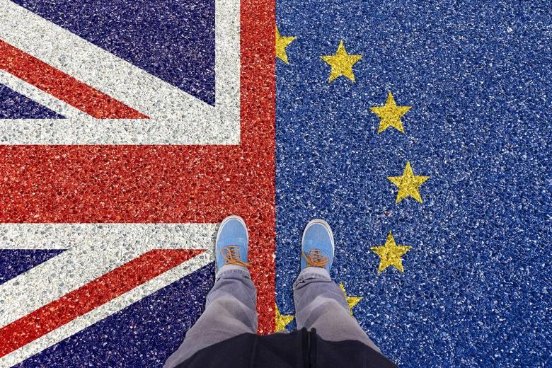 Brexit: Wielka Brytania żegna się z Unią Europejską, ale nie zamyka za sobą drzwi. Co dalej w Polsce i Europie?
