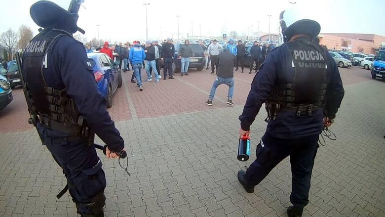 Ustawka w Przyszowicach. Policja udaremniła napad na kibiców Piasta Gliwice. Gorąco było również w Mikołowie i Orzeszu