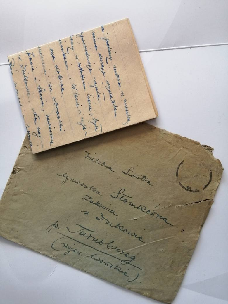 Skarby ocalone przed ogniem ujrzą światło dzienne. Niezwykłe pamiątki przekazane do muzeum (ZDJĘCIA)