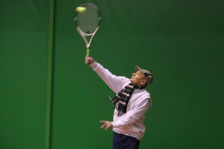 4150 zł - tyle zapłacili zwycięzcy licytacji na rzecz WOŚP za grę  w tenisa z prezytentem Tadeuszem FerencemMecz odbył się w czwartek wieczorem w Strefie