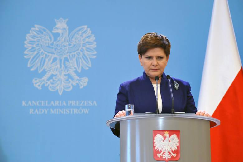 PiS chce rozmawiać o Trybunale w Sejmie. Rozważa też referendum ws. zmian w Konstytucji dot. TK