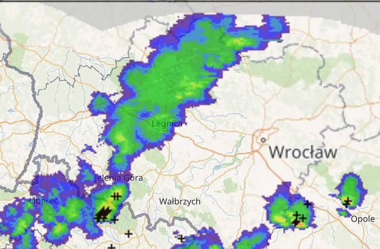 Zmiana pogody! Nad Wrocław nadciągają deszczowe chmury